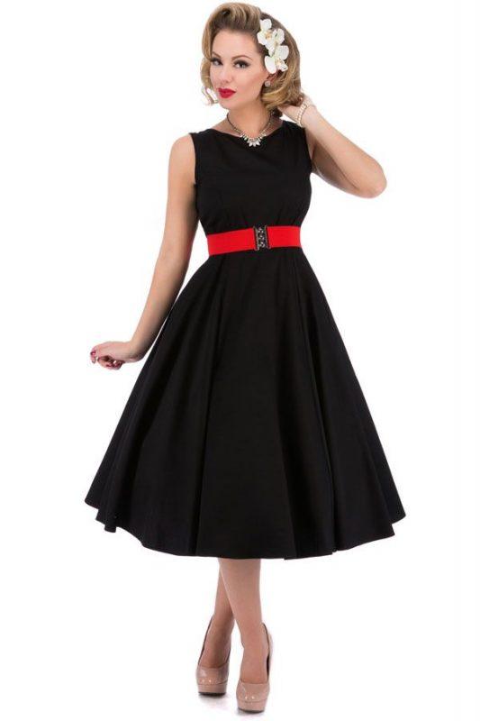 vestido-negro-estilo-audrey